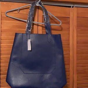 Saks Fifth Avenue Shoulder bag